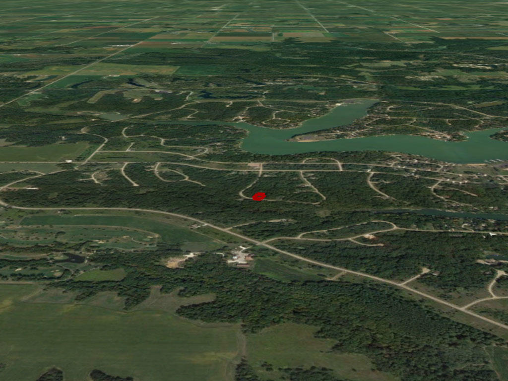 Central Illinois Escape Near Spoon Lake - Image 2