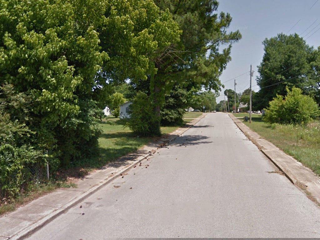 Attractive Getaway in Jackson Tennessee - Image 4