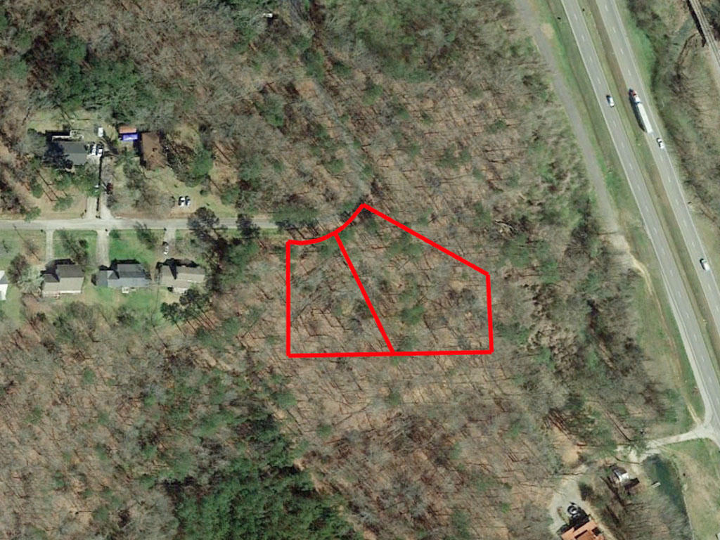 Acreage Close to Main Highway in North East Alabama - Image 1