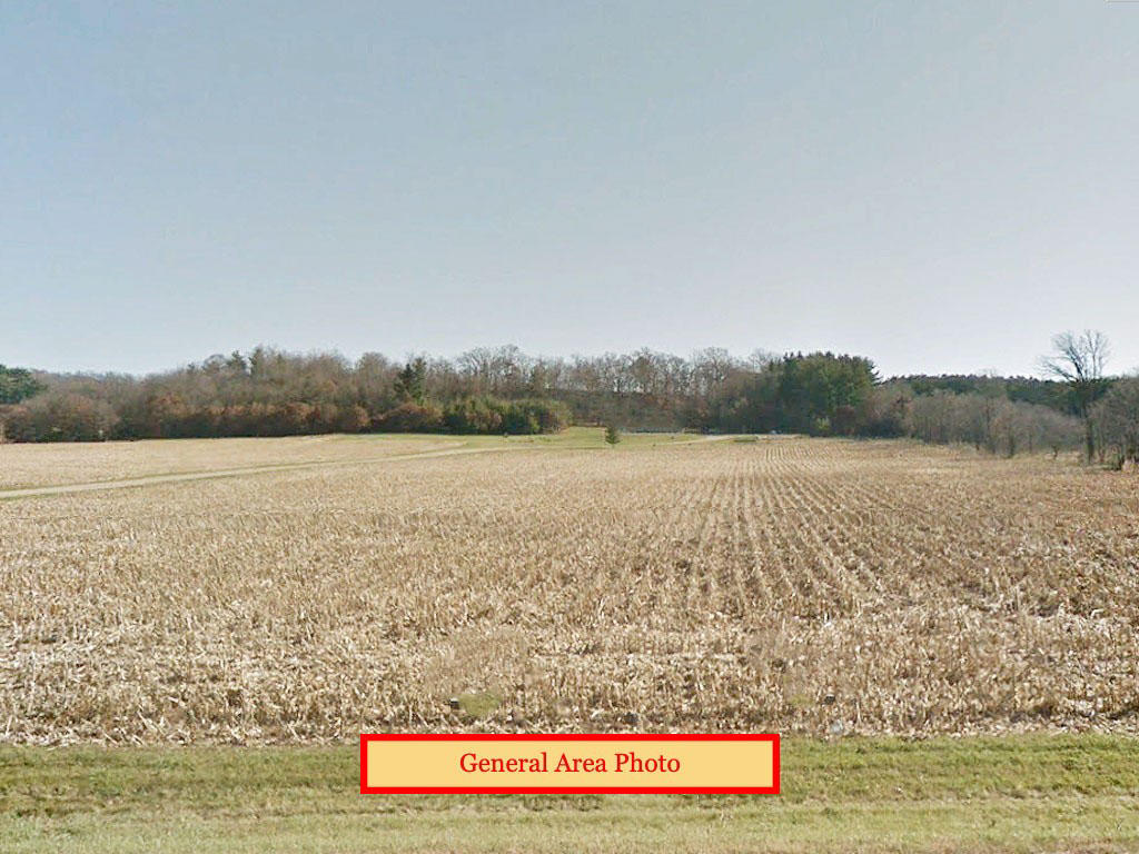 Relaxing 1 Acre Property Close to Dutch Hollow Lake - Image 0