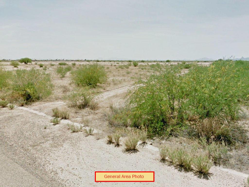 Serene Desert Landin Arizona City - Image 3