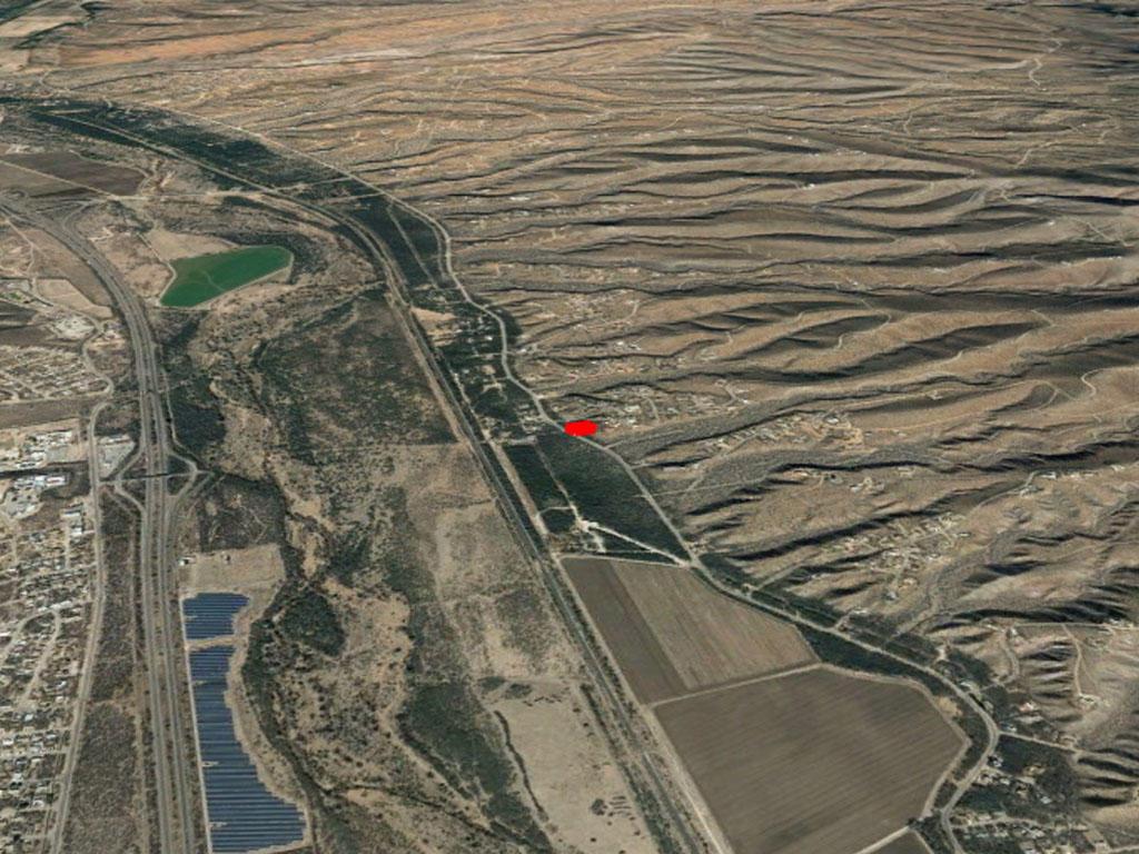 Over Half an Acre on the Southern Arizona/Mexico Border - Image 2