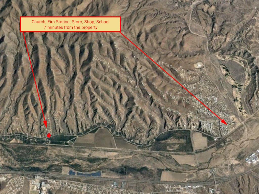 Over Half an Acre on the Southern Arizona/Mexico Border - Image 5