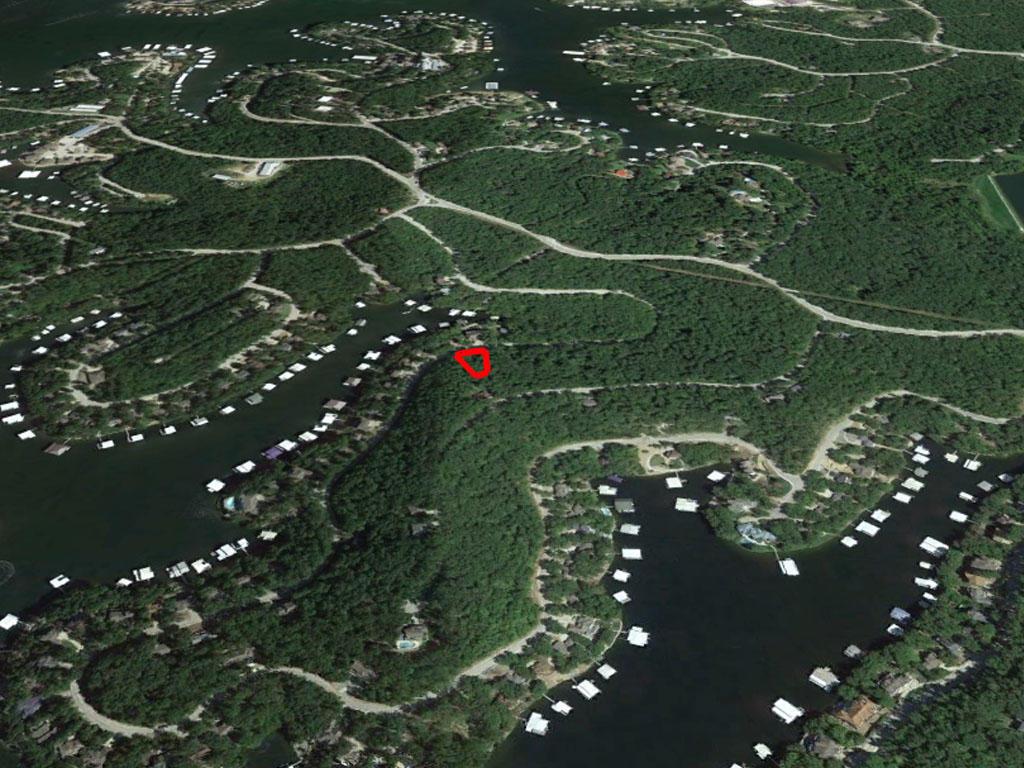 Luxurious Living near Lake of the Ozarks, Missouri - Image 2