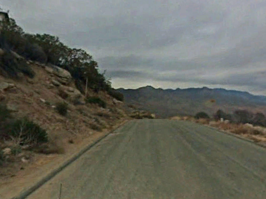 Just shy of One Acre in Scenic Ribbonwood, California - Image 4