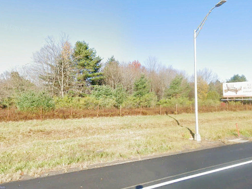 Treed acre just of Interstate 476 - Image 3