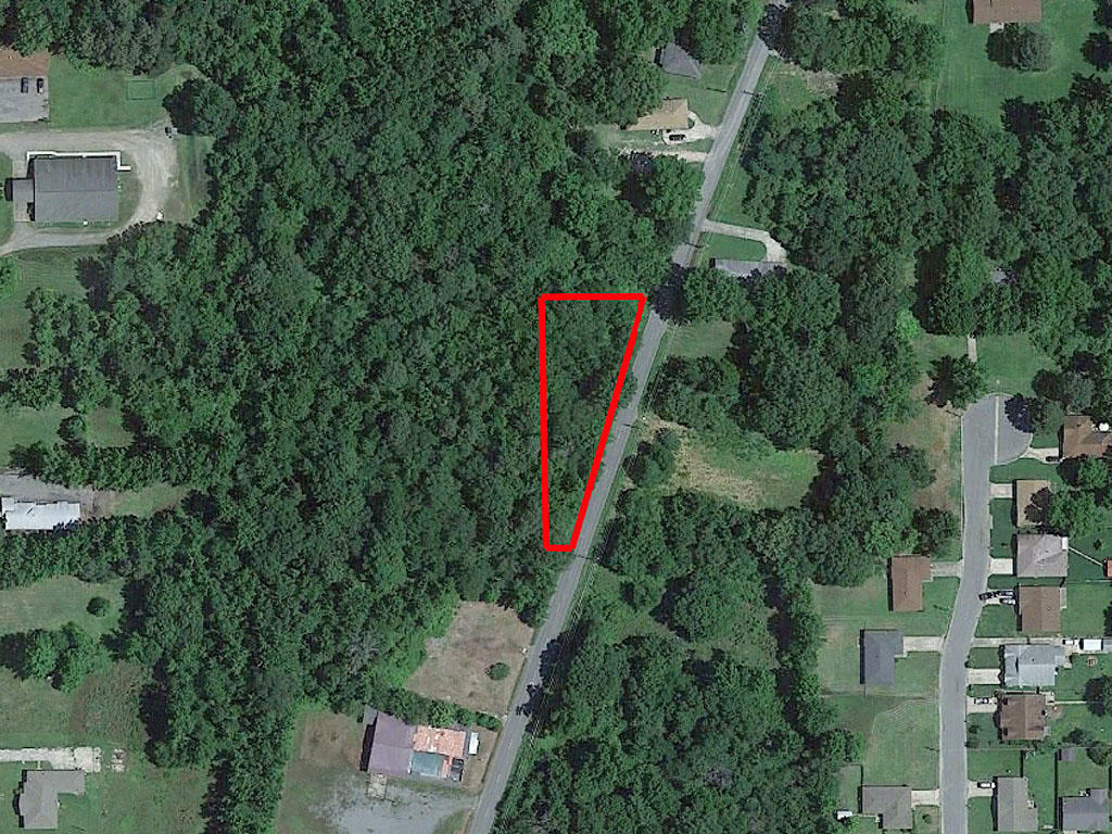 Triangular Lot Near Commercial Area of Pine Bluff - Image 1