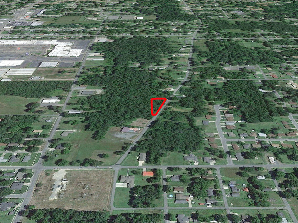 Triangular Lot Near Commercial Area of Pine Bluff - Image 2