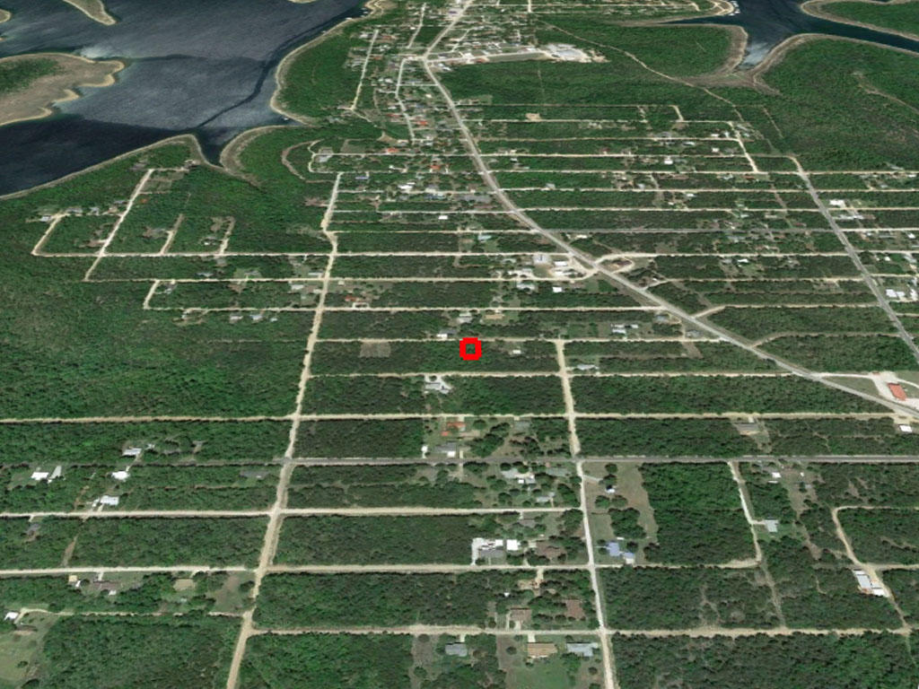 Perfect Lot Less than 1 mile from Shoals Lake - Image 2