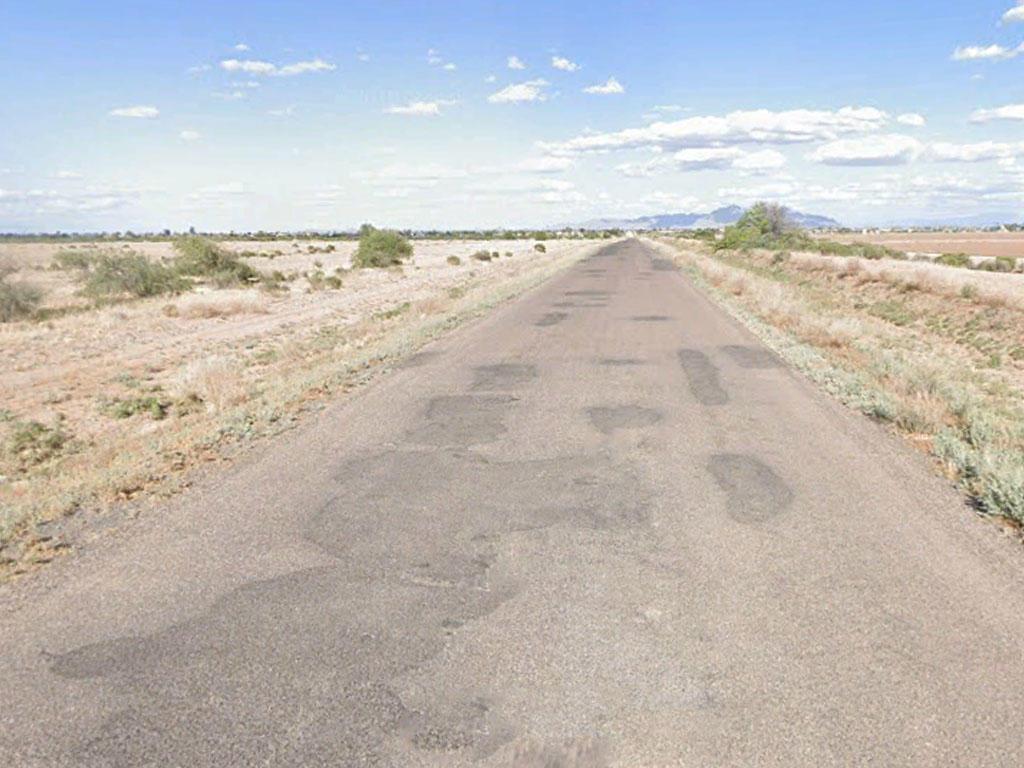 Sun, Stars, and Solitude balanced with Social in Arizona City, Arizona - Image 4