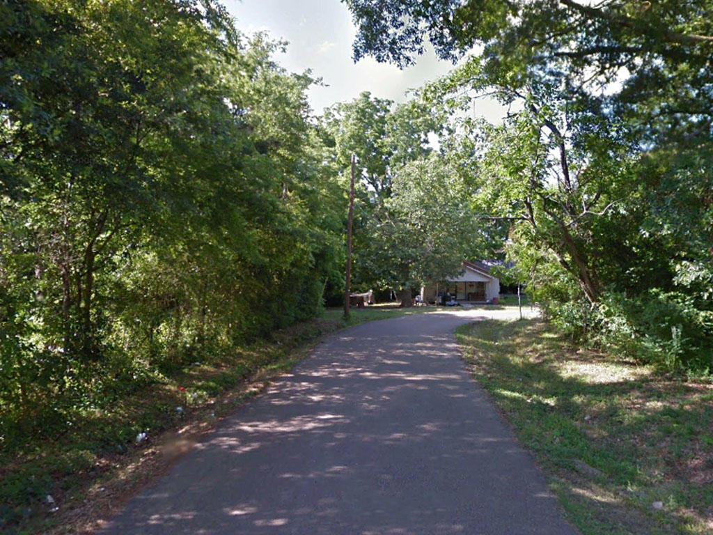 Rare 2 Lots Sold as 1 in Charming Community - Image 4