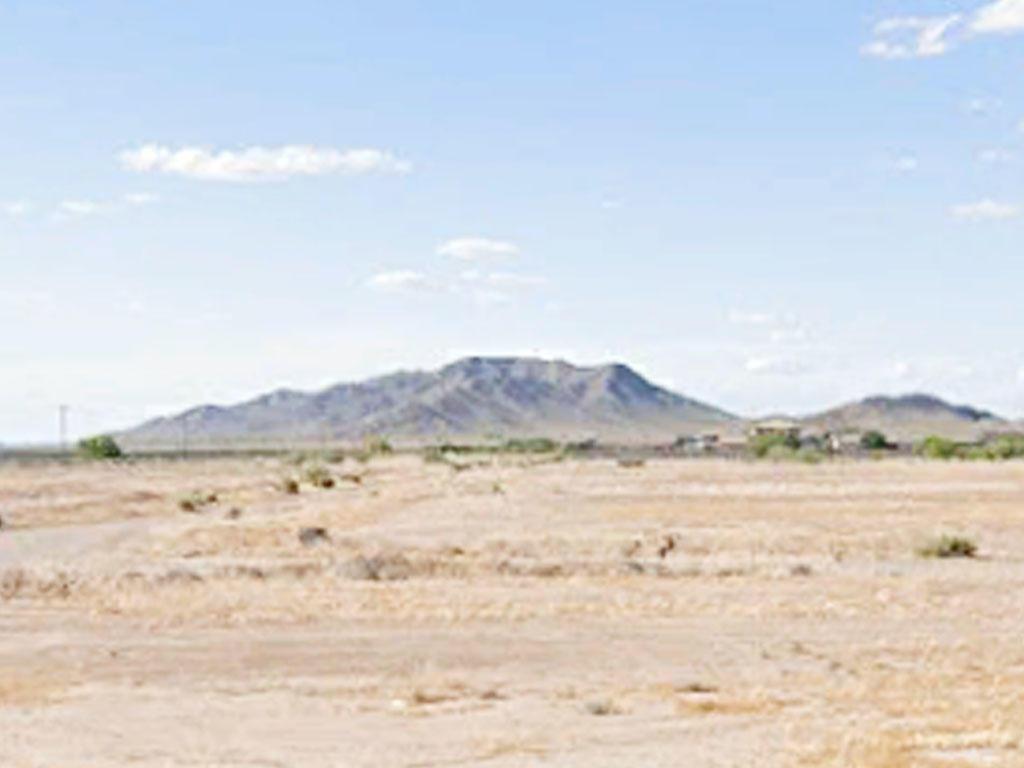 Outdoor Adventures Aplenty with this Arizona City, Arizona Property - Image 3