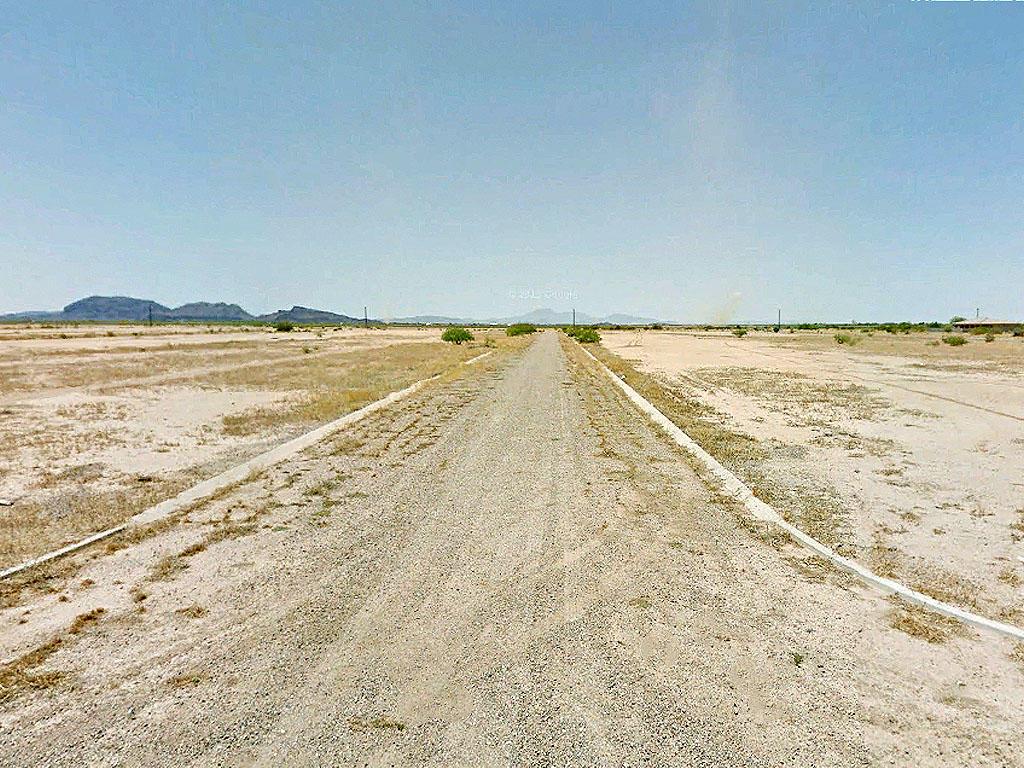 Active Life in Arizona City, Arizona - Image 4