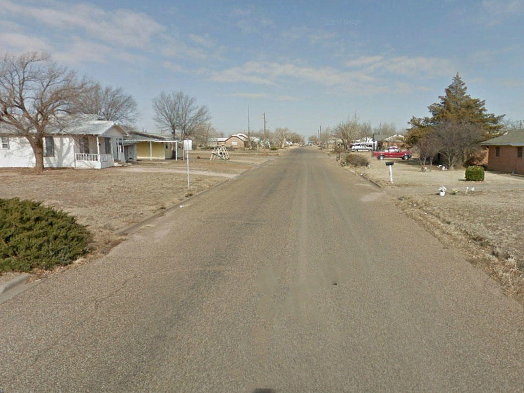 Residential Tulia Texas Land on Paved Road - Image 4