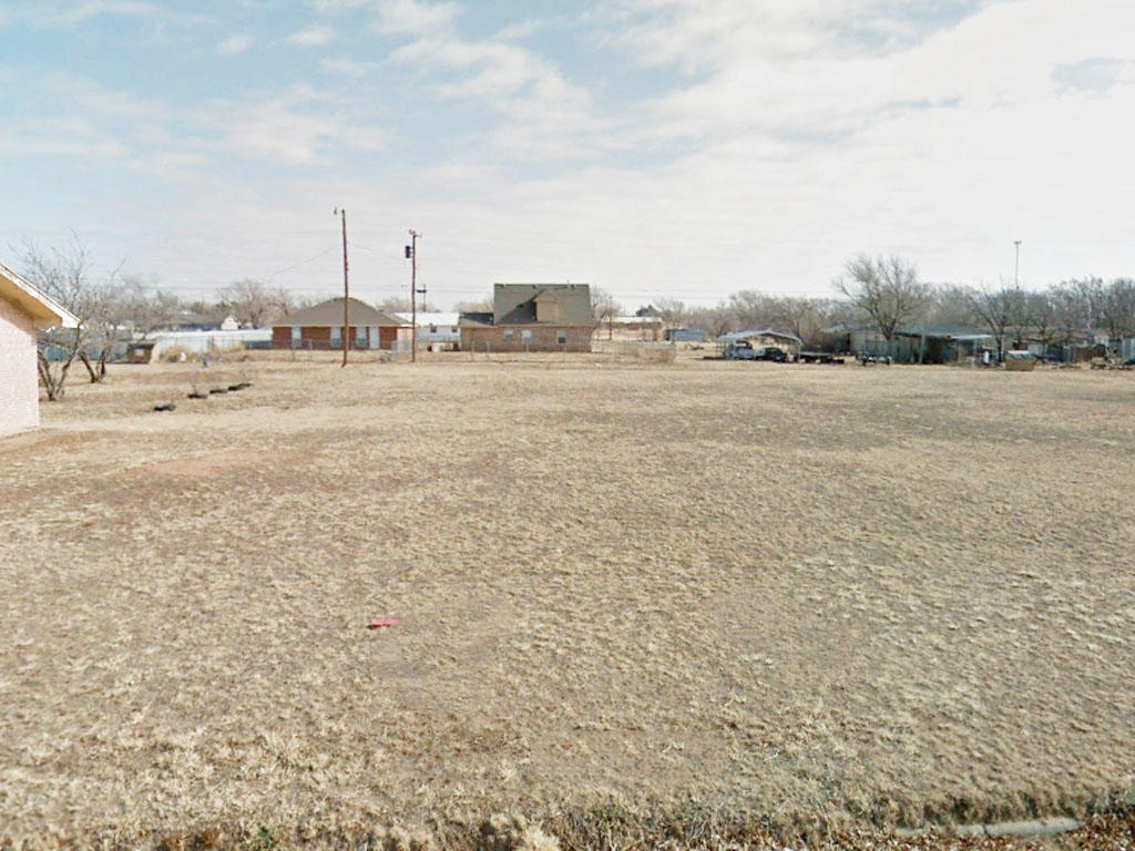 Residential Tulia Texas Land on Paved Road - Image 0