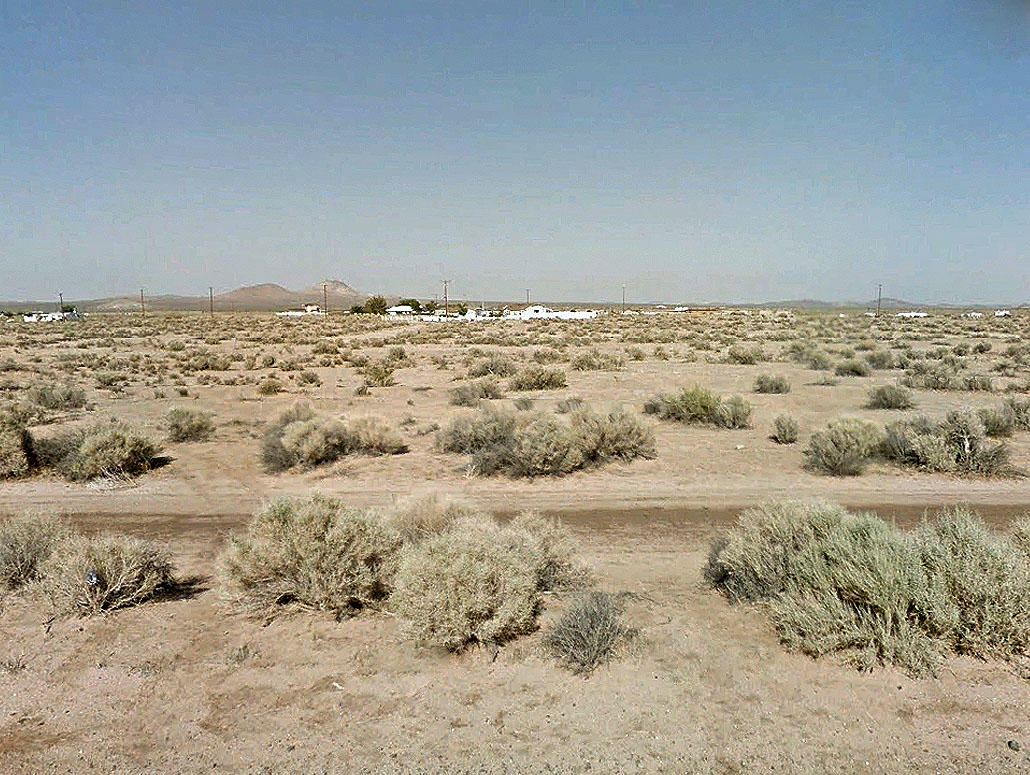 Investment Lot on the Outskirts of California City - Image 0