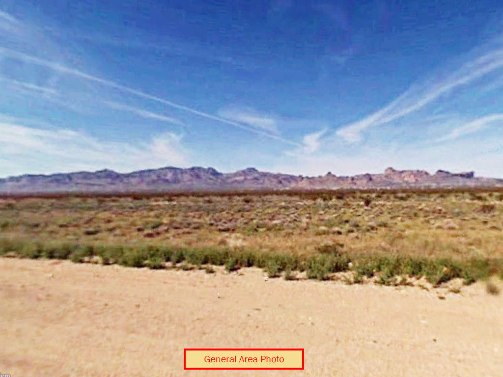 Farming and Residential Usage Lot in Arizona Desert - Image 0