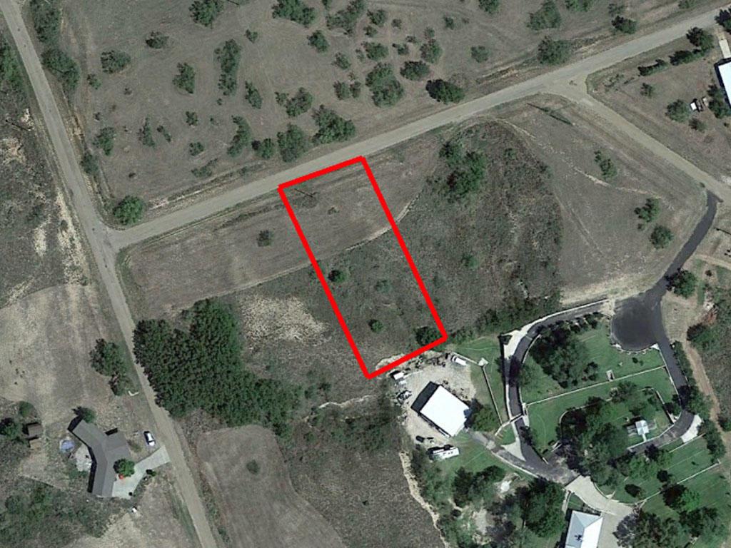 Texas Lot Minutes From Greenbelt Reservoir - Image 1