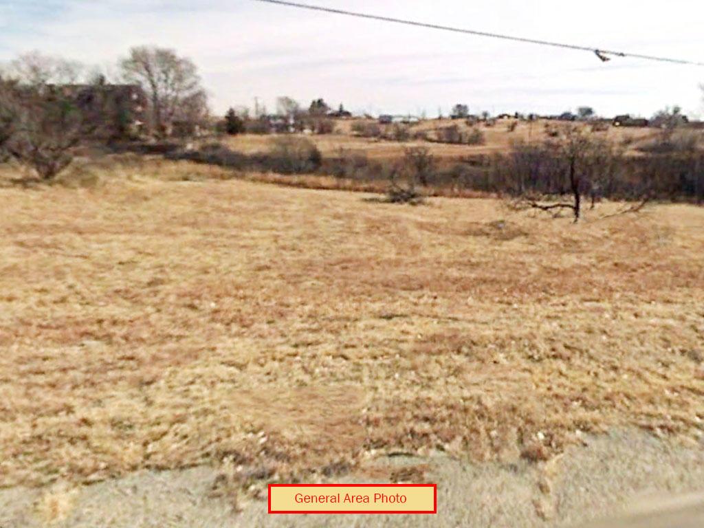 Texas Lot Minutes From Greenbelt Reservoir - Image 3