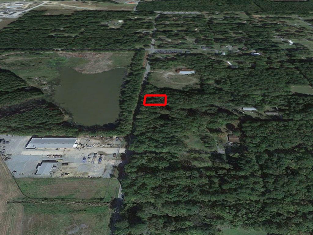 Charming Lot Near Lake Pine Bluff - Image 2