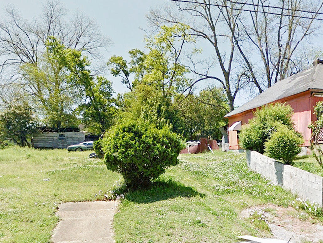 Stunning Multi Family Lot in City Limits of Montgomery - Image 0