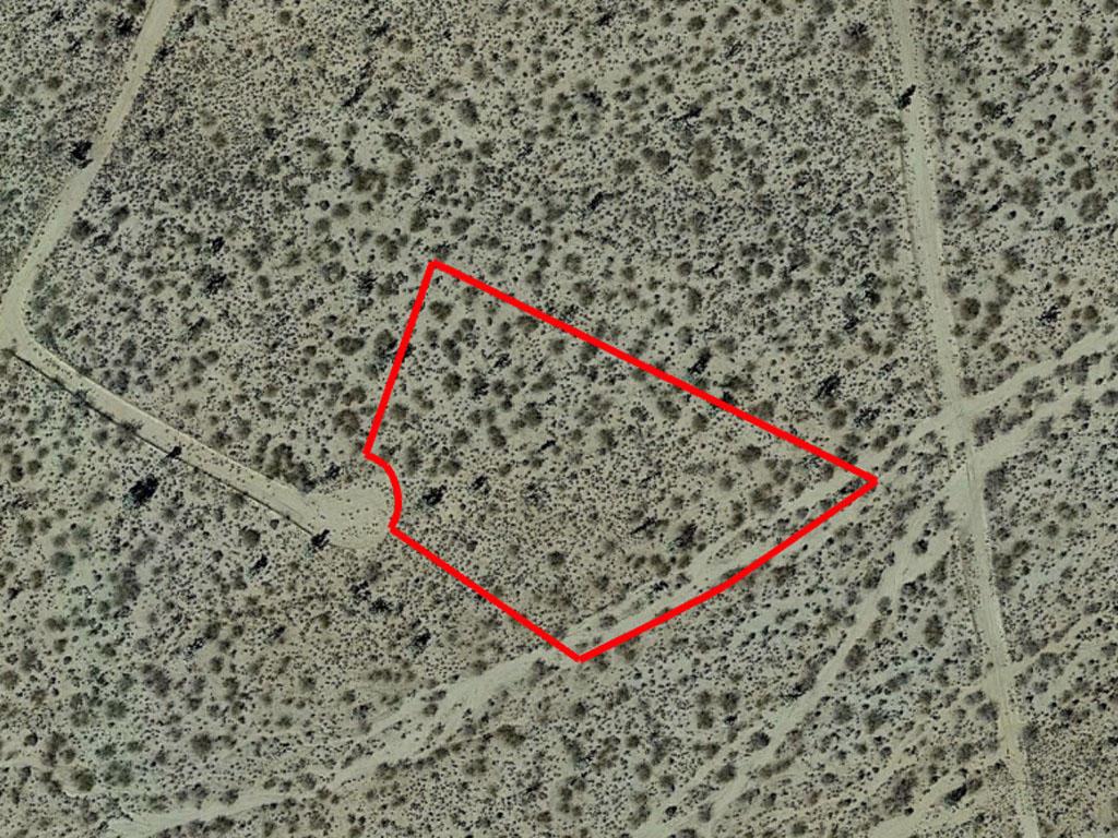 Two acres with beautiful Arizona views - Image 1