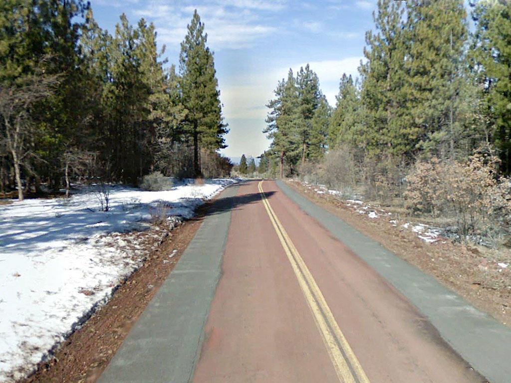 Hillside Treed Rural Lassen County Haven - Image 4