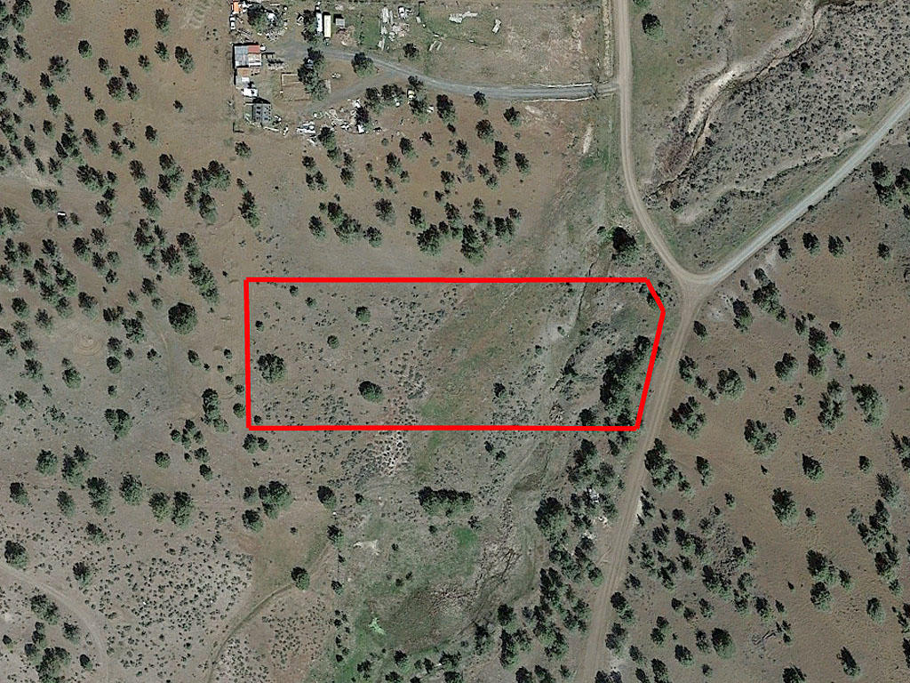 Two acre California property close to lakes and national forests - Image 1