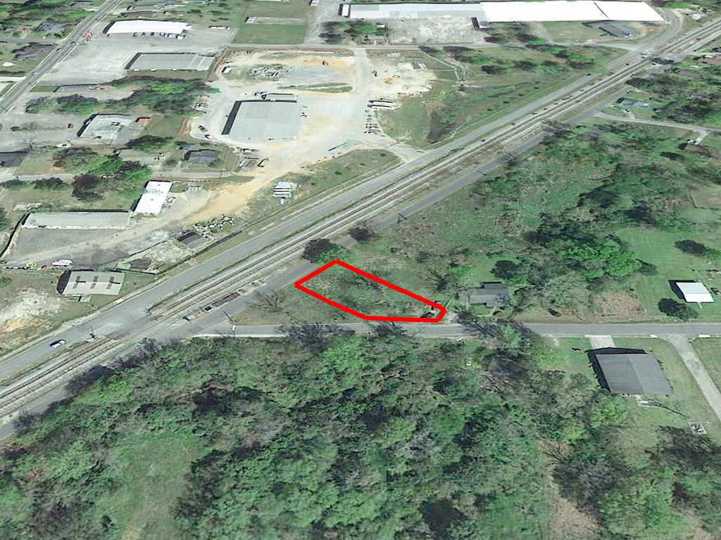 Alabama property an hour from Pensacola Bay, Florida - Image 2