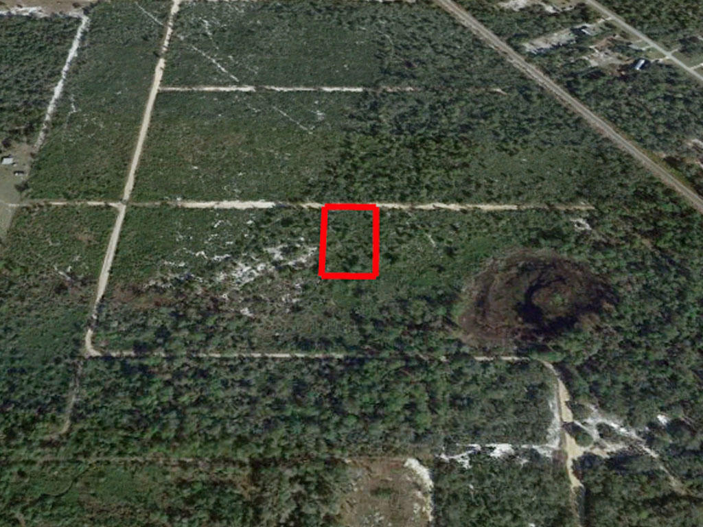 Over an acre close to lakes - Image 2