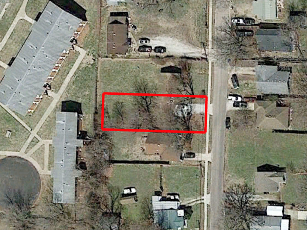 Heart of Springfield Missouri Residential Gem - Image 1
