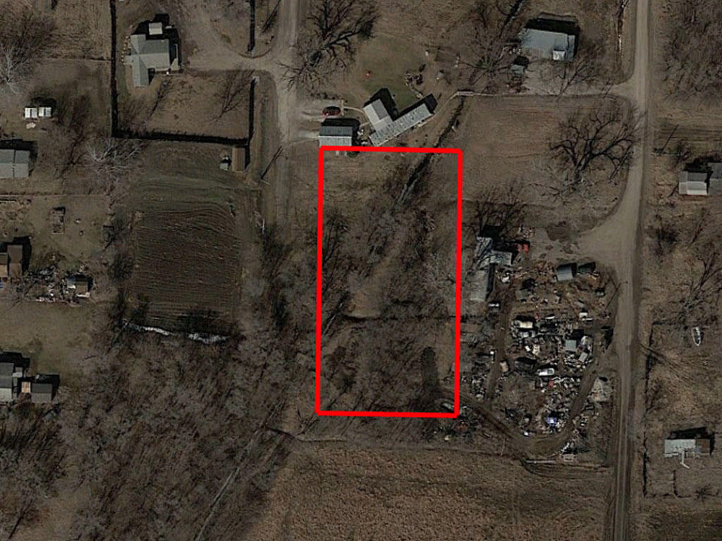Three quarters of an acre in Missouri Valley, close to the river - Image 1