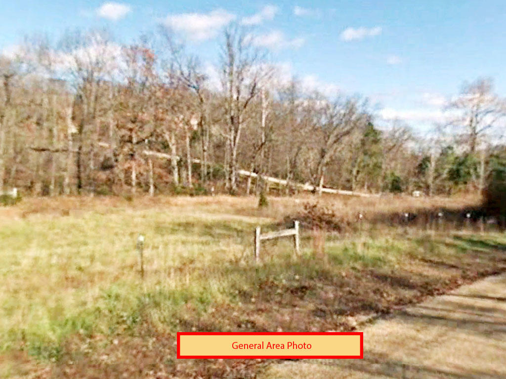 Missouri property, walking distance to the water - Image 3
