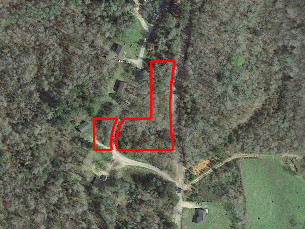 One and a half acre property only an hour and a half to Jackson - Image 1