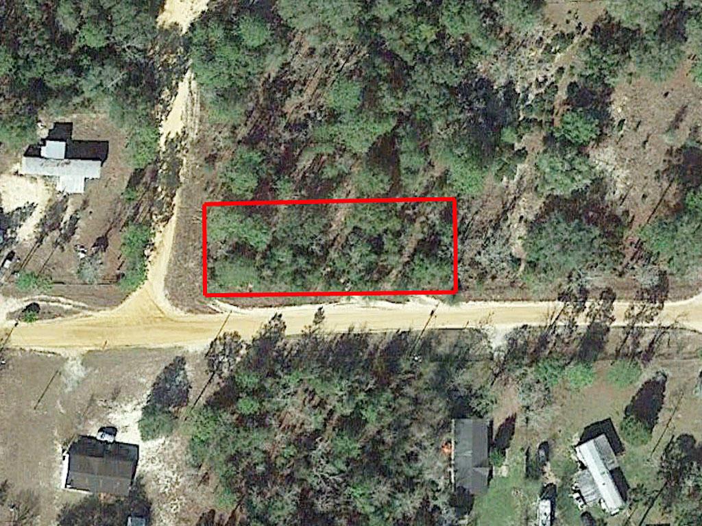 0.35-Acre Interlachen Corner Residential Plot - Image 1