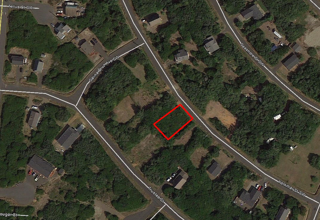 Stunning Neighborhood Lot Less than a Mile from the Beach - Image 2