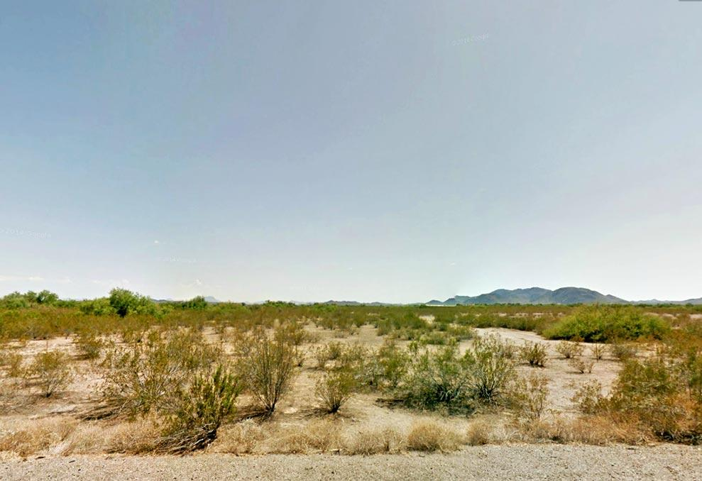 1+ Acre Retreat West of Phoenix - Image 1