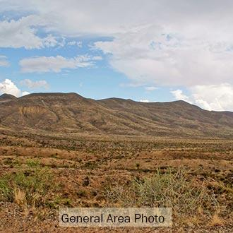 Magnificent 10 Acre Escape on Paved Road Half an Hour from Van Horn - Image 1