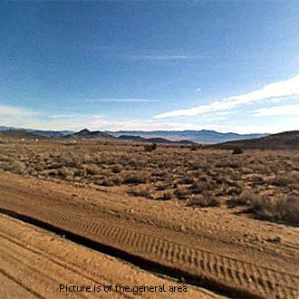 Appealing 5+ Acre Haven Half an Hour North of Kingman - Image 1