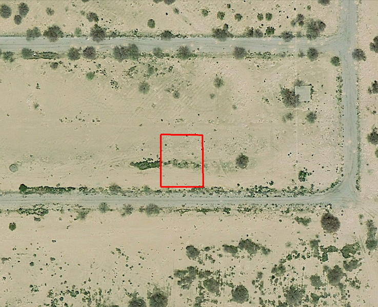 Over A Third of an Acre Dream Property Next to the Golf Course - Image 2