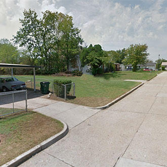 Rare city lot in great Tulsa neighborhood - Image 3