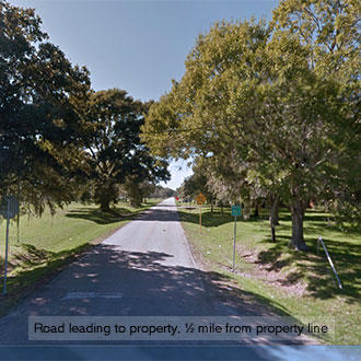Nearly Half Acre Texas Retreat 40 Minutes from the Gulf Coast - Image 1