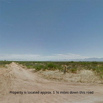 Flat, Open Southern Arizona Gem Close to the Highway - Image 1