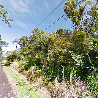 Escape to this Beautiful Hawaiian Lot Less than 2 Miles from the Beach - Image 1