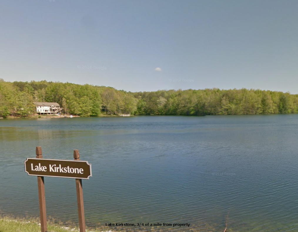 Quarter Acre With Utilities in Tennessee Fishing Resort - Image 1