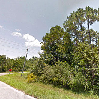 Corner lot on Kensara Drive in Milton Florida - Image 3