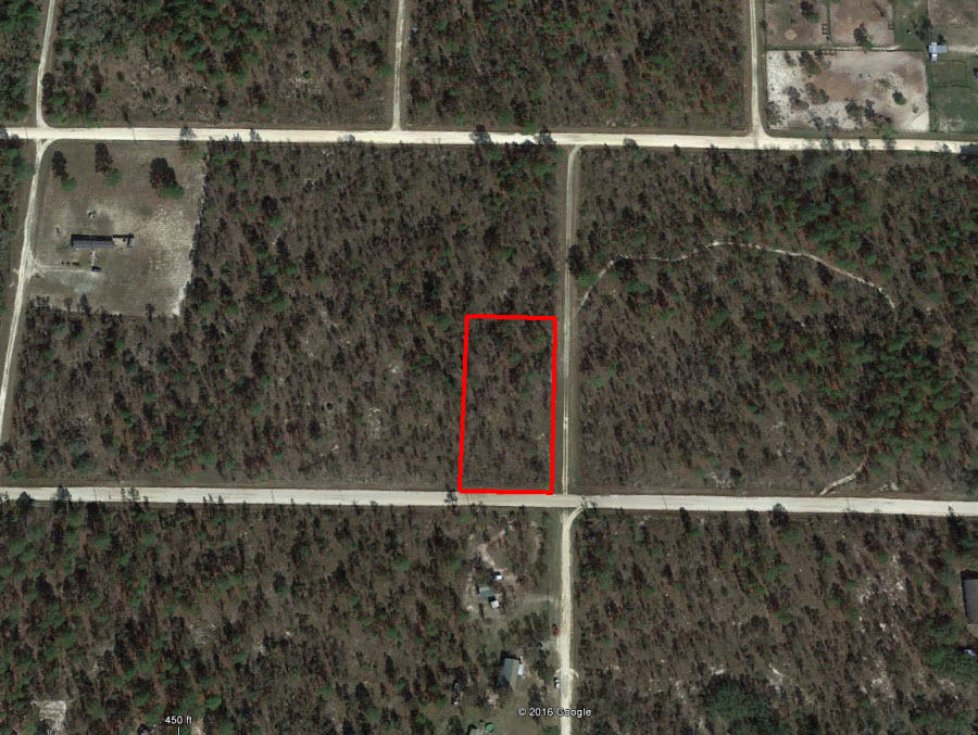 Peace and quiet on over 1 acre - Image 1