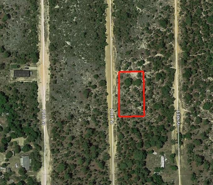 Half an Acre Rural Home Site in Interlachen Florida - Image 2