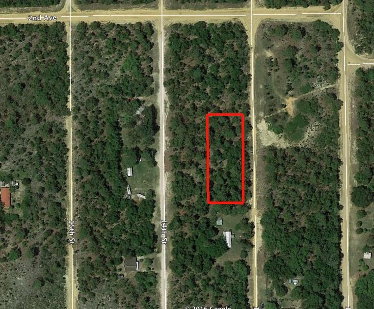 Large residential lot in a quiet rural setting - Image 1
