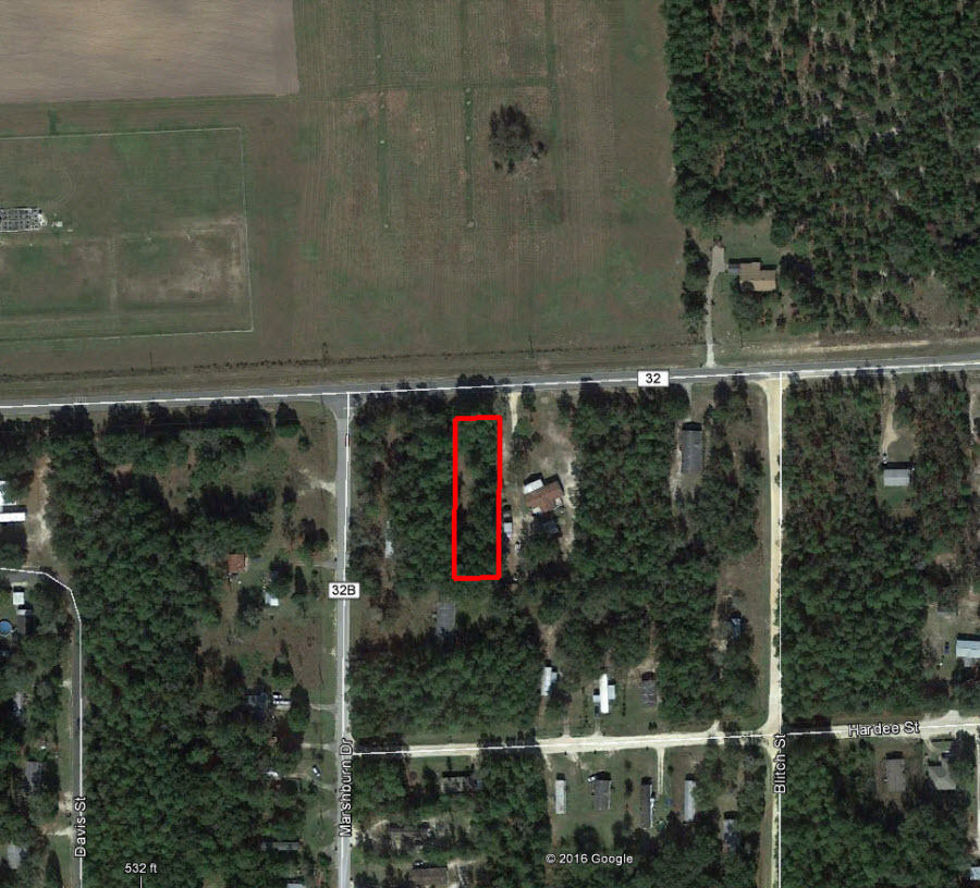 Bronson Residential Property on Almost Half an Acre - Image 1